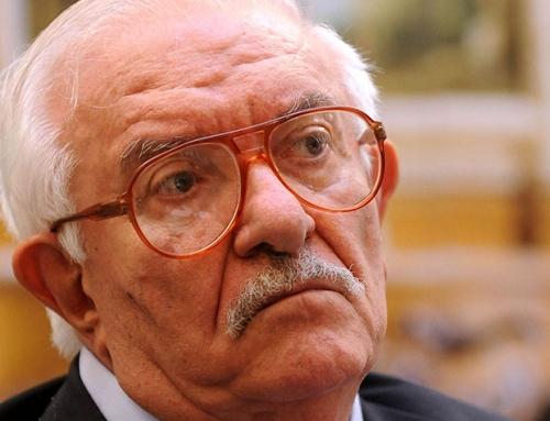 Noticia del fallecimiento de D. Giuseppe Galasso